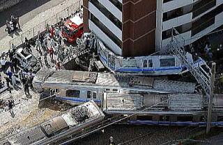 JR福知山線脱線事故
