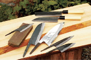 The high-quality closing a bargain hill knife of the closing a bargain knife studio female-impersonator