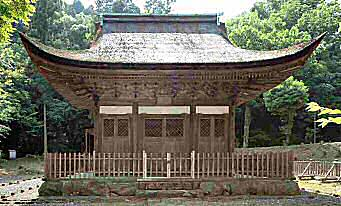 開山堂(永保寺) 手前が「昭堂」、奥の建物は「祀堂」 国宝の「開山堂」... 寺院建築−禅宗様
