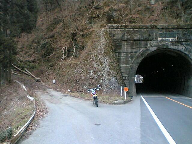 栗尾トンネル旧道2