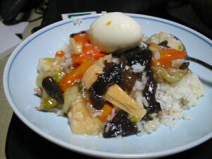 ふつーサイズ中華丼