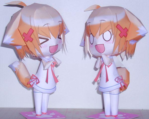 Himari-chan.  В архиве предоставлено большое количество схем для складывания аниме-фигурок.